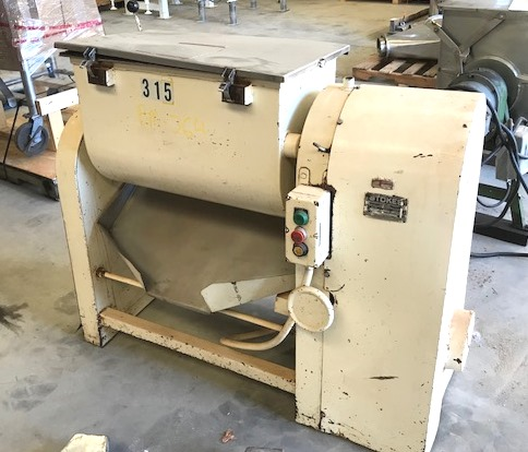 ***SOLD*** used Stokes 3 Cu.Ft.(21 Gal.) Model 21-H Ribbon Blender. Stainless steel. Tilt discharge. Trough dimensions are 27