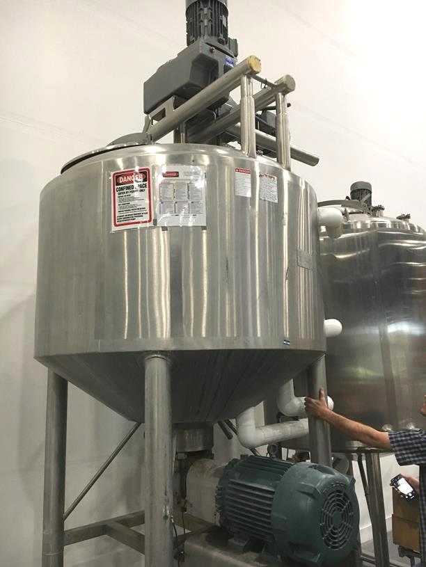 used 500 Gallon APV Crepaco Likwifier/ Liquifier/Liquefier.  Triple motion.  Has (1) top mounted Mixer with scraper/sweep blades agitator and also (1) shaft with (2) sets of pitched blade props (sweep is 7.5 HP, 1735 RPMi/10 RPMo; Shaft with props is 7.5 HP, 1735 RPMi/85 RPMo).  Bottom mounted high shear mixer driven by 25 HP, 1170 RPM, 230/460 V. Jacket rated 90 PSI @ 350/-20 Deg.F.  5' dia x 3' T/T (5' from top of dish to bottom of cone).  13'6