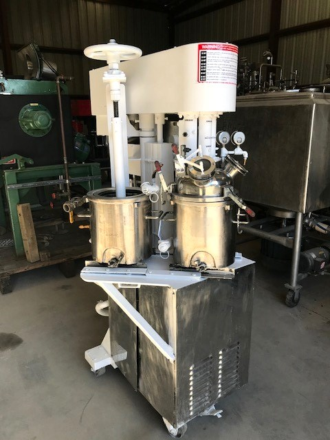 used 4 Gallon MYERS Triple Shaft Mixer/Disperser, Tri-shaft. Model HVL 550/500-7.5-991. Has (2) approx 4 gallon, 10.5