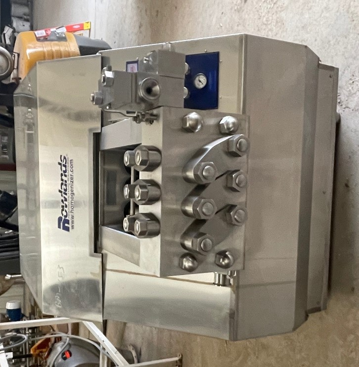 ***SOLD*** UNUSED APV Gaulin Model MS18 8TBS Stainless Steel Homogenizer. 8000 PSI. Unit was rebuilt and never used. Rods, bushings, springs and pressure gauge wrapped up in box.