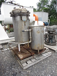 Used Sparkler filter model 18S30.  T316 stainless steel.  Vessel rated 60 psi @ 350 degrees F.  (30) 18