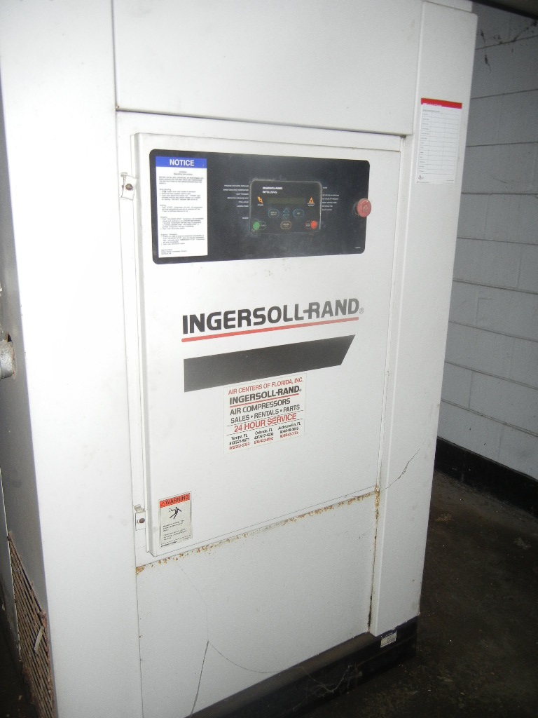 (2) Each: Ingersoll Rand rotary screw air compressors. Model SSR-EP50-SE.  50 HP, 194 CFM @ 125 PSIG.  Other items available (sold separately): (1) IR air dryer Model DXR 300 and (1) 240 gallon horizontal air receiver. Quoted AIWI. (GreenCat)