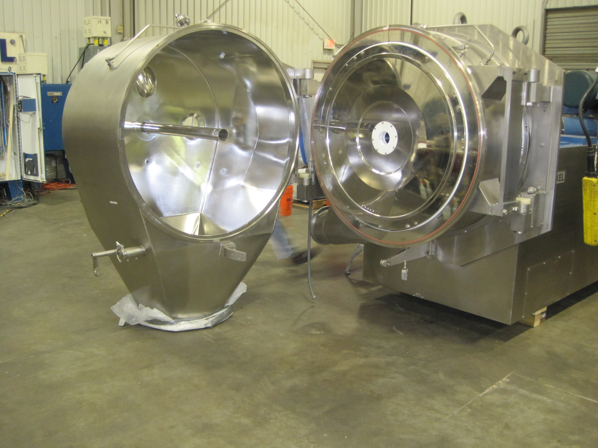 ***SOLD***Heinkel model HF-1000.1 Inverting Filter Centrifuge.  Stainless steel MOC, has a full mechanical rebuild, complete Electrical & Control system designed for Class 1 Div.2. Machine has been fully tested and is ready for quick delivery and start-up.
