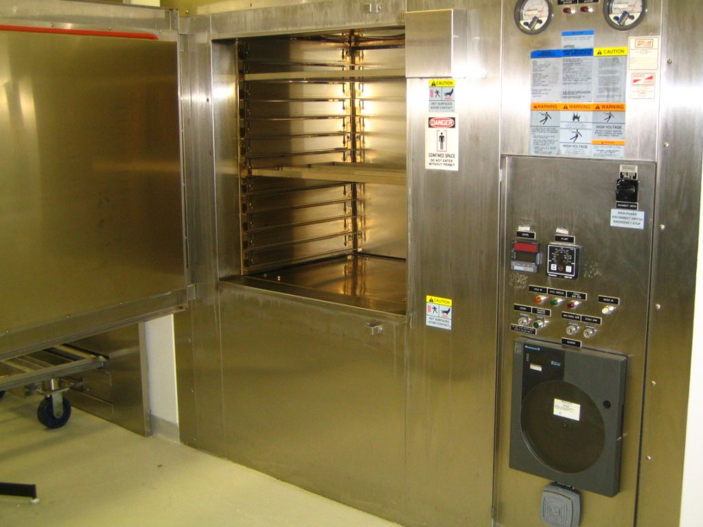 Despatch Model CRC2-20-2E Pass Trough Clean Room Sterilizer/Oven, 500 deg.F (260 Deg.C), Inside dimensions are 37