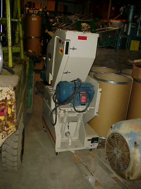 Granulator. Ball & Jewell Mavrick model MVP810. 5 HP, 1165 rpm, 220/440 volt motor.  Unit mounted on wheels. Last used in plastic