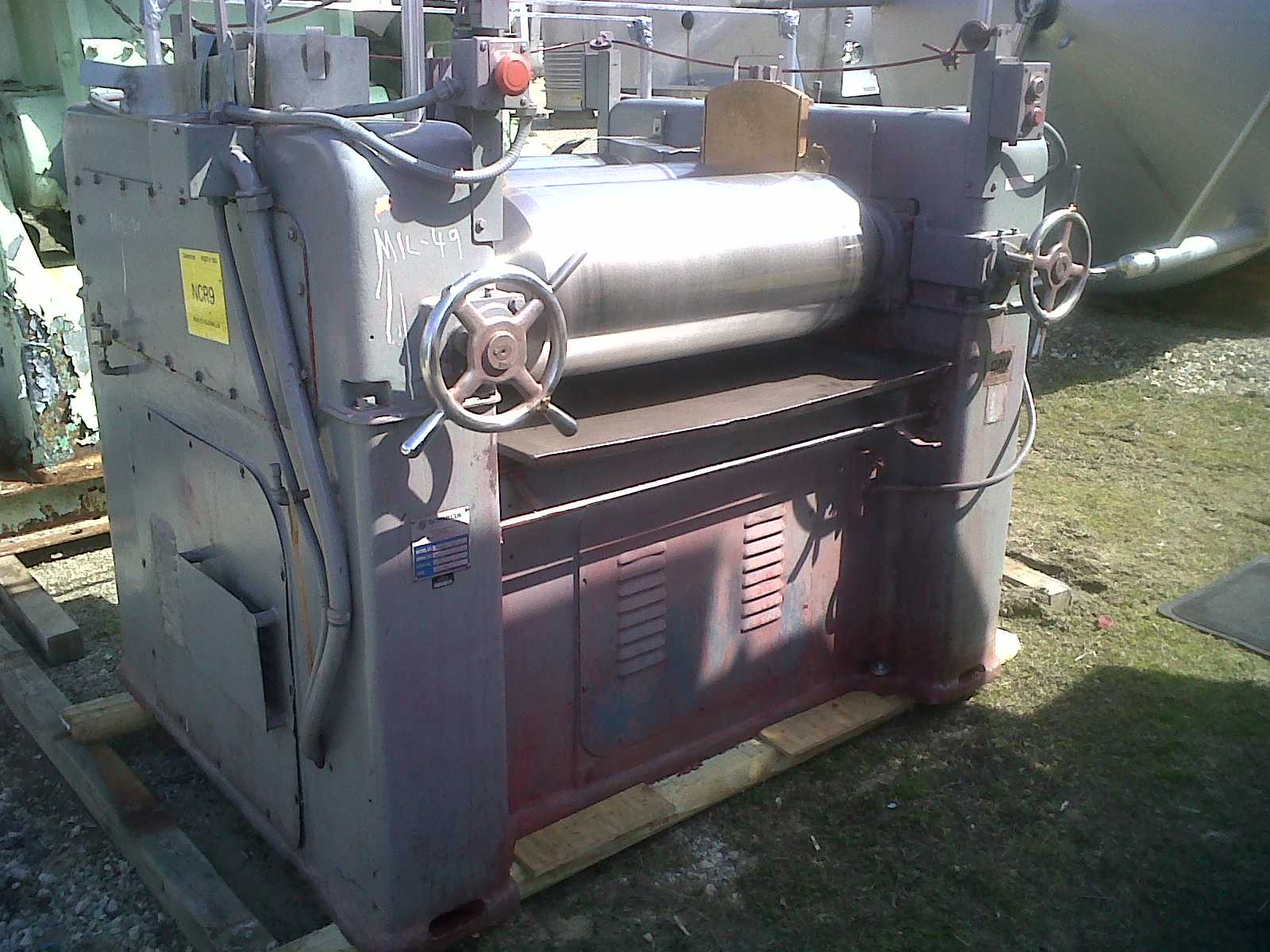 ***SOLD*** used JH DAY 3 Roll Mill. 12