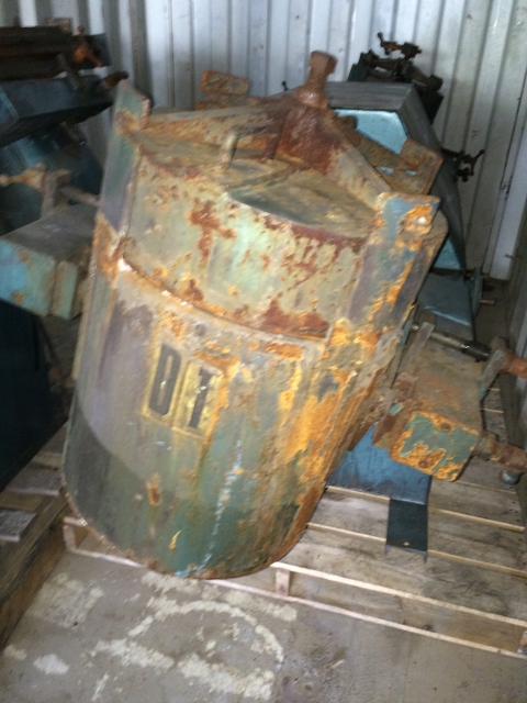 Used US Stoneware 10 gallon pivoting jar mill model 946. Reeves varispeed drive 2 hp 3 phase 60 cycle 230/460 volt 1750 belt driven. Jar mill speed 56-28 rpm. Built 1995. SN PJ96101