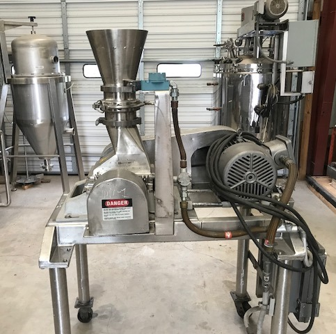 used Fitzpatrick Fitzmill Mdl. DSA06 Hammer/Knife mill. Stainless Steel.  Driven by 7.5 HP, 230/460 volt, 1740 rpm Explosion proof motor. On cart with wheels.