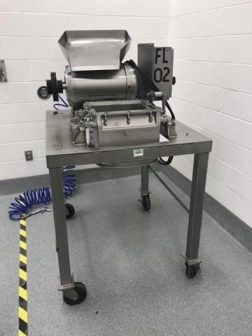 used Fitzpatrick DKAS012 FitzMill 316 Stainless Steel. Vari-Speed Hammer Mill, Pan feed, 32 Stepped Impact Blades, Chamber Dimensions 13