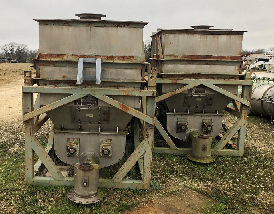 (2): Used Acrison Model 403-24000-6700-BDF-4x6. Loss in Weight Screw Feeder. With a 300 CU.FT Hopper. Model 403 Series of Weight-Loss-Differential feeder' systems specifically designed by Acrison for continuous weighing of on a weight-loss basis. 304 Stainless Steel feeder in Steel frame.